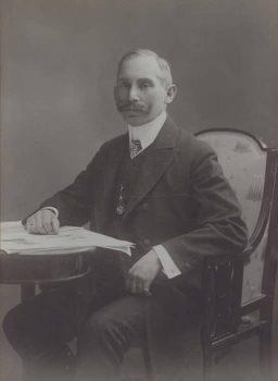 János Kotányi