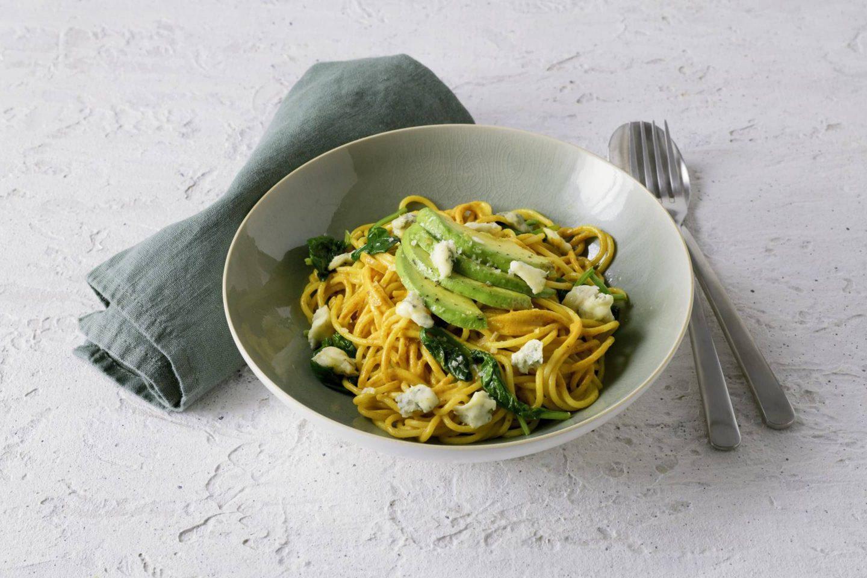 Spaghetti Mit Avocado Babyspinat Und Schimmelkaese